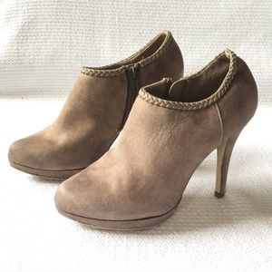 X appeal Beige Ankle Heels Shoes Breided Edge